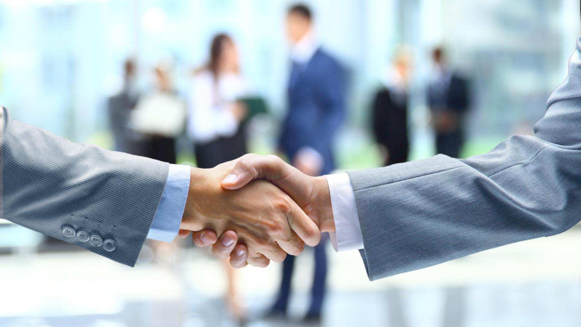 biznes-rukopozhatie-sdelka